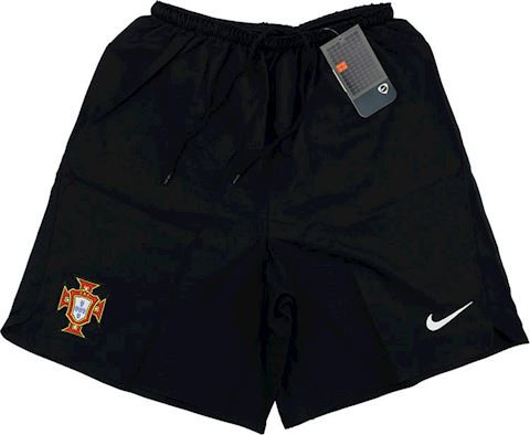 Nike Portugal Mens Goalkeeper Home Shorts 2006 Image 2