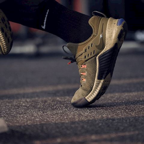 Nike Free x Metcon Cross-Training/Weightlifting Shoe - Olive Image 5