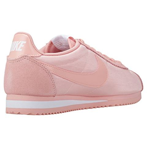 timeless design a9e18 00e2d Nike CLASSIC CORTEZ NYLON W women's Shoes (Trainers) in Pink