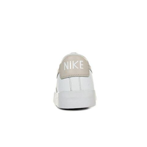Nike Blazer Low LE Women's Shoe - White Image 7