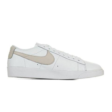 Nike Blazer Low LE Women's Shoe - White Image 8