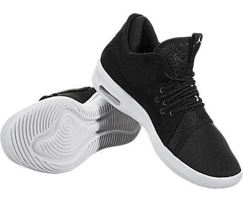 Nike Air Jordan First Class Older Kids' Shoe - Black Image 3