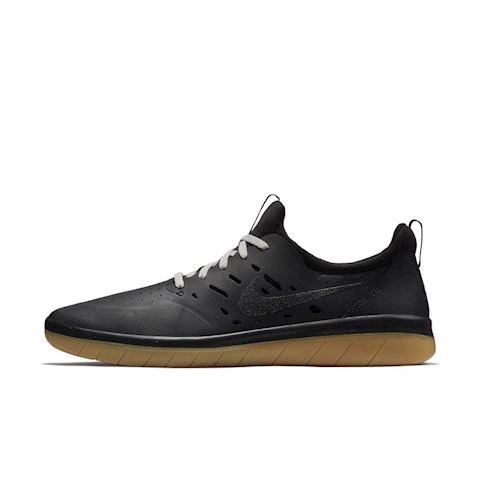 Nike SB Nyjah Men's Skateboarding Shoe - Black Image
