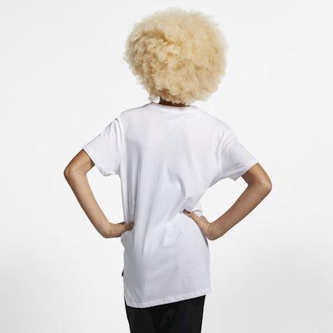 Nike Sportswear Older Kids' (Girls') T-Shirt - White Image 2