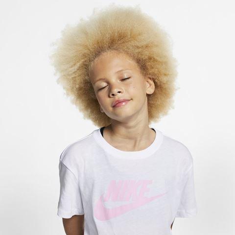 Nike Sportswear Older Kids' (Girls') T-Shirt - White Image 3