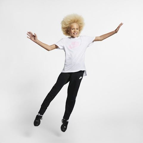 Nike Sportswear Older Kids' (Girls') T-Shirt - White Image 5