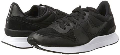 Nike  INTERNATIONALIST LT17  men's Shoes (Trainers) in black Image 5