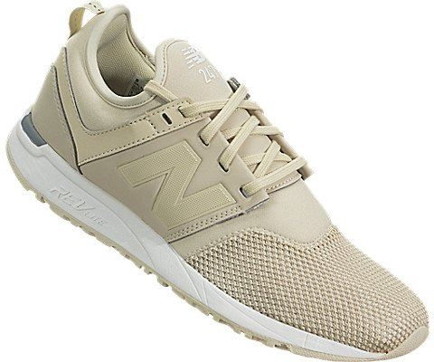 New Balance  WRL247  women's Shoes (Trainers) in BEIGE