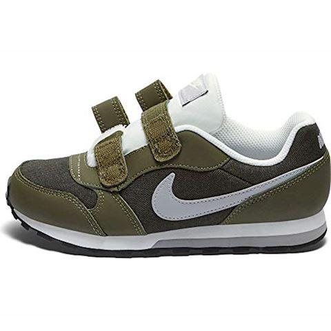 Nike MD Runner 2 Younger Kids' Shoe - Olive Image 3