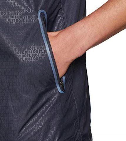 Nike Shield Men's Short-Sleeve Jacket - Grey Image 5