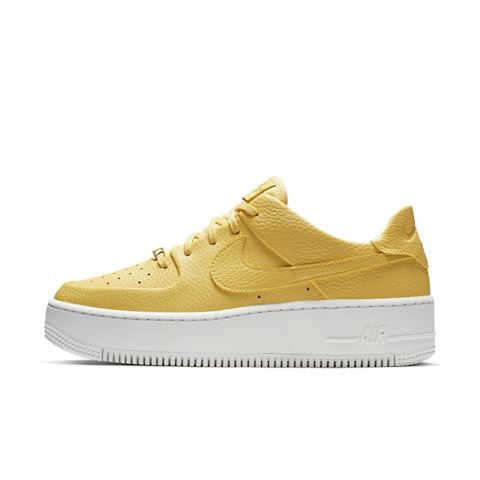 brand new fa1b6 517c9 Nike Air Force 1 Sage Low Women's Shoe - Gold