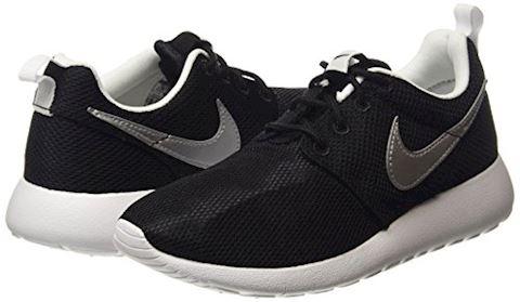 Nike Roshe One Older Kids' Shoe Image 5
