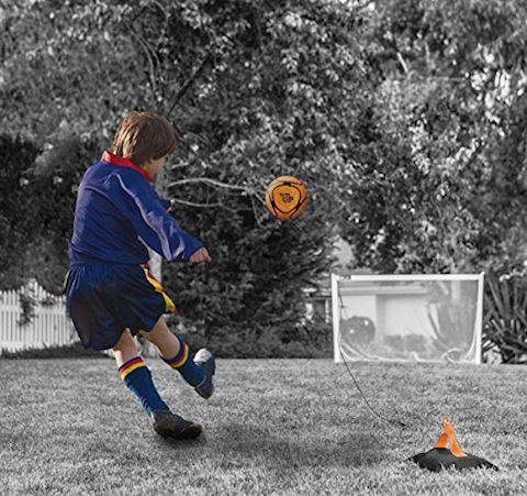 Football Flick Urban Return Ball Image 4