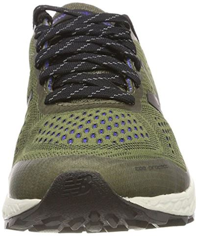 New Balance  GOBI  men's Running Trainers in Green Image 4