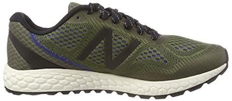 New Balance  GOBI  men's Running Trainers in Green Image 6