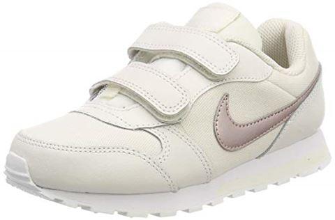 374e765e7c4e35 Nike MD Runner 2 Younger Kids  Shoe - Cream Image