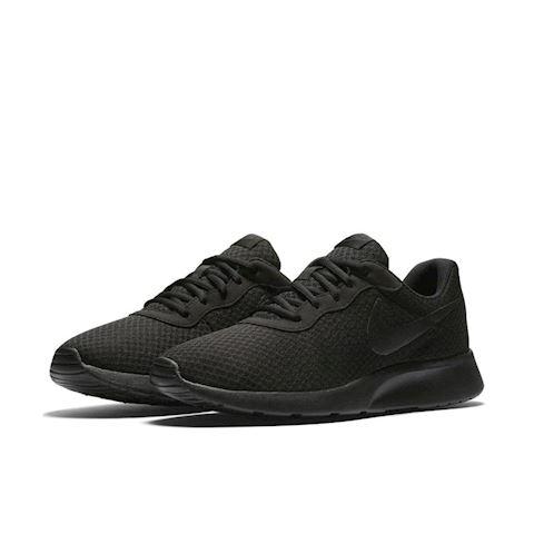 Nike Tanjun Men's Shoe - Black Image 2
