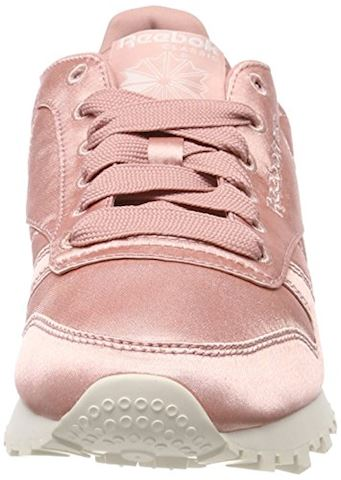 Reebok Classic  CLASSIC LEATHER SATIN  women's Shoes (Trainers) in Pink Image 4