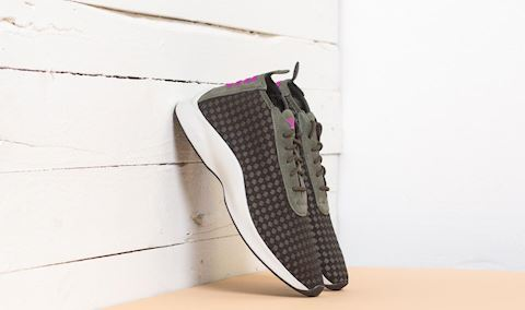 Nike Air Woven Image