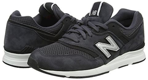 New Balance  WL697  women's Shoes (Trainers) in White Image 5