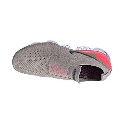 Nike Air VaporMax Flyknit Moc 2 Unisex Running Shoe - Grey Image 5