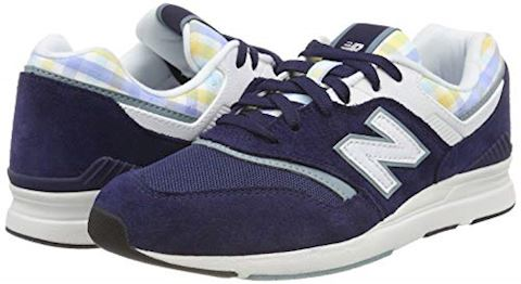 New Balance  WL697  women's Shoes (Trainers) in Blue Image 5