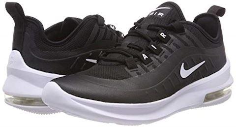 Nike Air Max Axis Older Kids' Shoe - Black Image 11