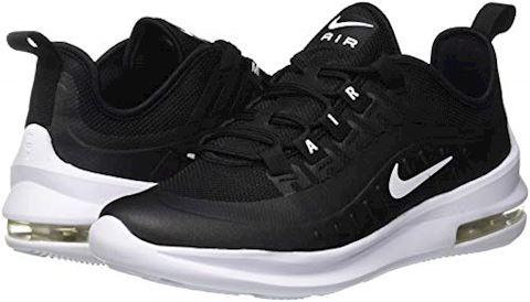 Nike Air Max Axis Older Kids' Shoe - Black Image 5