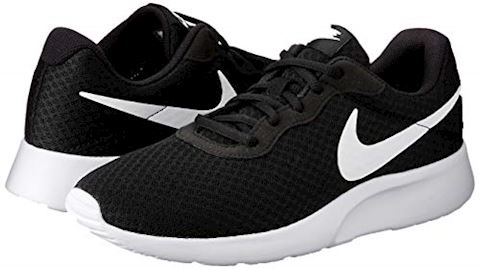 Nike Tanjun Men's Shoe - Black Image 5