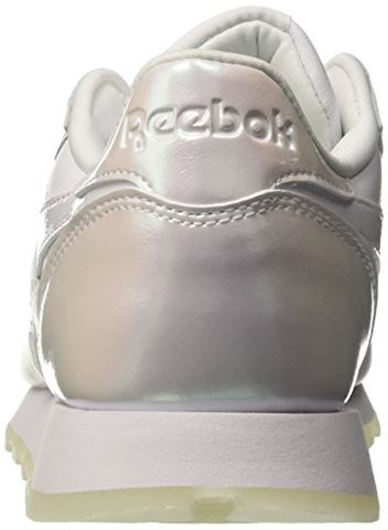 Reebok Classic  CL LTHR L  women's Shoes (Trainers) in white Image 2