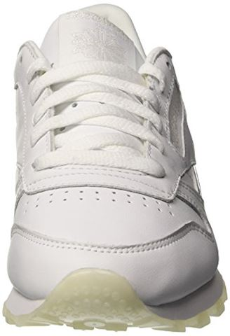 Reebok Classic  CL LTHR L  women's Shoes (Trainers) in white Image 4