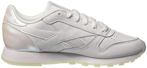 Reebok Classic  CL LTHR L  women's Shoes (Trainers) in white Image 6