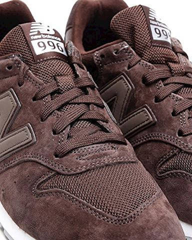 New Balance  MRL996  women's Shoes (Trainers) in Brown Image 5