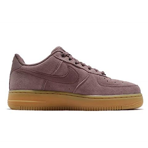 Nike Air Force 1'07 SE Women's Shoe - Purple Image 2