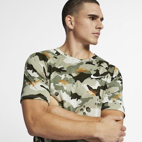Nike Dri-FIT Men's Training T-Shirt - Green