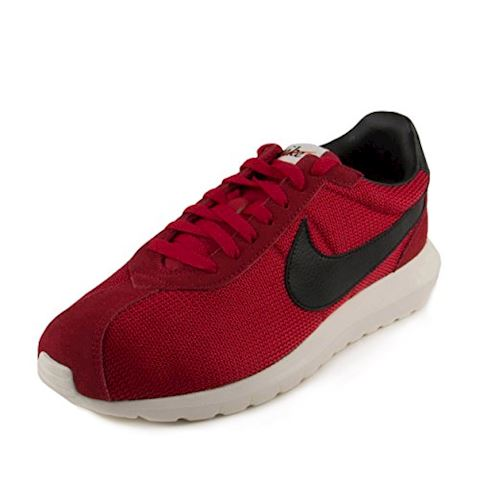 Nike  ROSHE LD-1000  men's Shoes (Trainers) in red Image