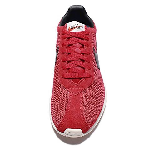Nike  ROSHE LD-1000  men's Shoes (Trainers) in red Image 16