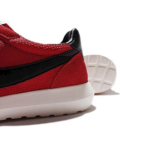Nike  ROSHE LD-1000  men's Shoes (Trainers) in red Image 17