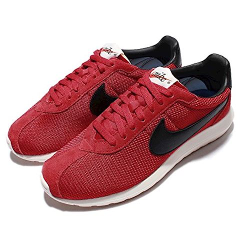Nike  ROSHE LD-1000  men's Shoes (Trainers) in red Image 19