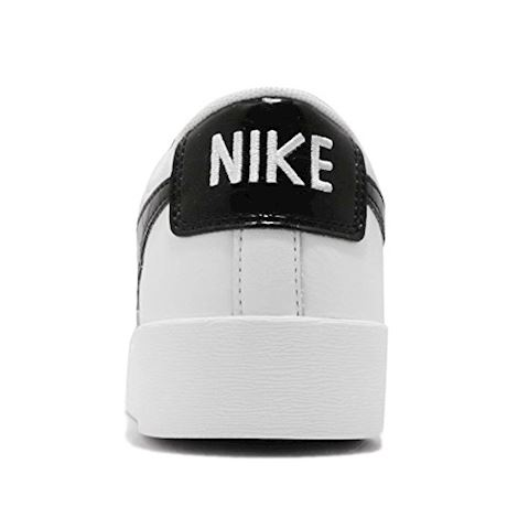Nike  BLAZER LOW ESS W  women's Shoes (Trainers) in White