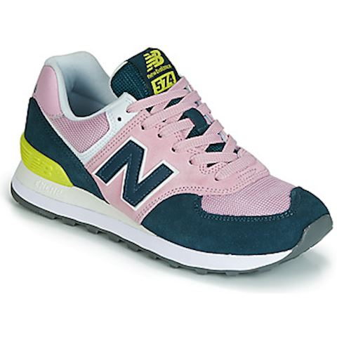 finest selection 07d81 873fa New Balance 574 women's Shoes (Trainers) in Pink