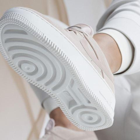 Nike Air Force 1 Sage Low Women's Shoe - Cream Image 3