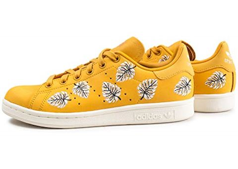 adidas  STAN SMITH W  women's Shoes (Trainers) in Yellow Image 2