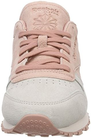 Reebok Classic  CLASSIC LEATHER NBK  women's Shoes (Trainers) in Pink Image 4