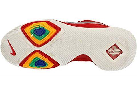 Nike Kyrie 3 Image 5