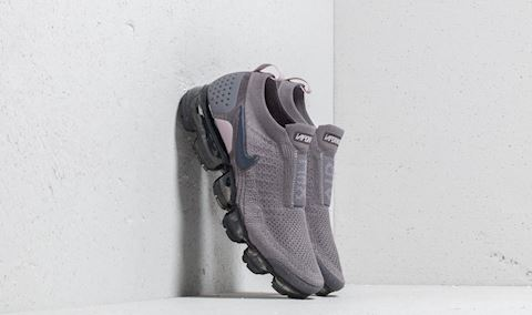 Nike Air VaporMax Flyknit Moc 2 Women's Running Shoe - Grey