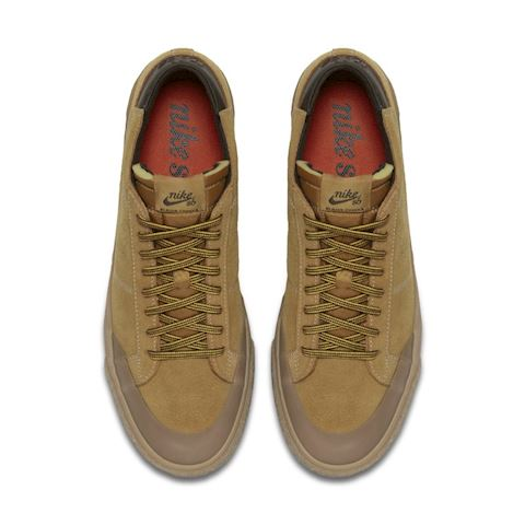 Nike SB Zoom Blazer Chukka XT Premium Skate Shoe - Brown Image 4