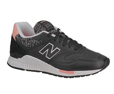 New Balance  WL840  women's Shoes (Trainers) in Black